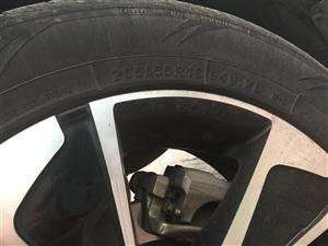 轮胎整体出售
