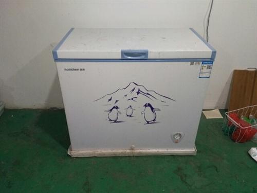 容声冰柜出售,用了一个多月,箱子齐全