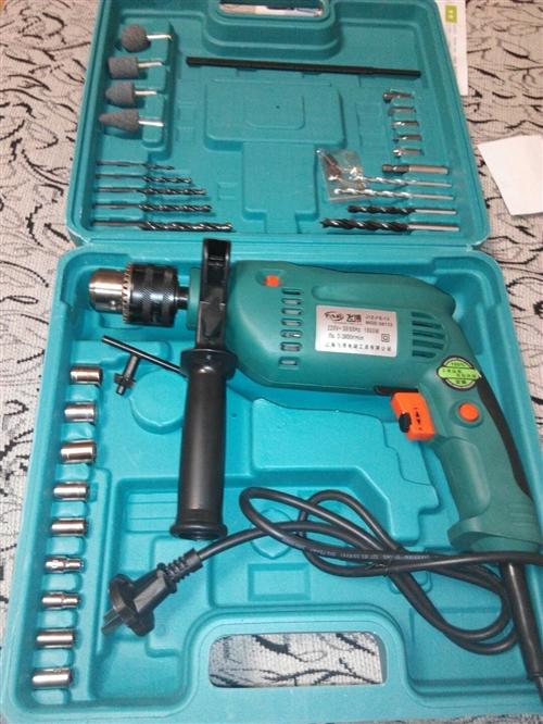 全新的冲击电钻工具