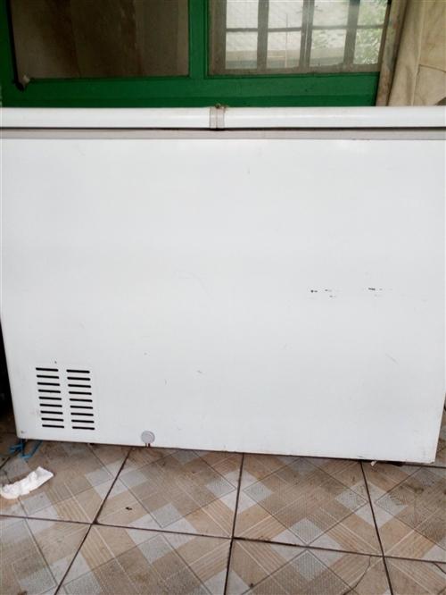 个人使用中的冰柜,因搬家,低价出售