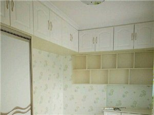 专业承接室内外粉刷,壁纸,做卫生,贴砖,拆除
