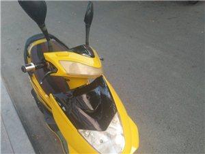 王野踏板摩托车出售