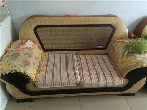 组合沙发现低价处理无破损太阳城同城可自取
