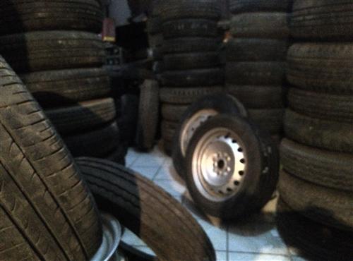 精品拆車輪胎
