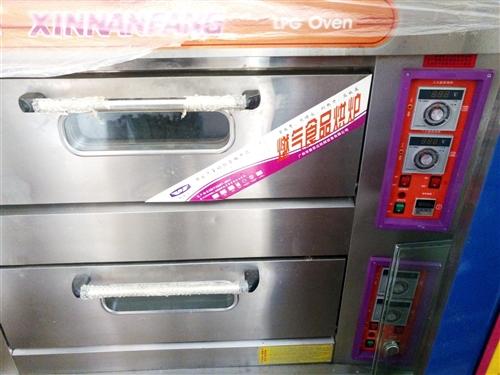 兩層燃氣烤箱,烘培全套設備低價出售