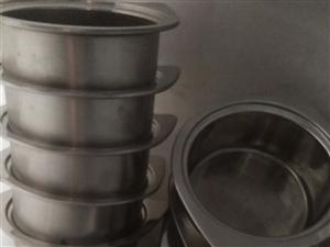 合江堰坝大量餐饮用品低价出售