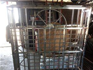 專業制作不銹鋼門,防盜網,室內門,歡迎洽談