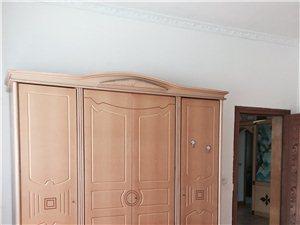 桃树坝3室 2厅 1卫1300元/月