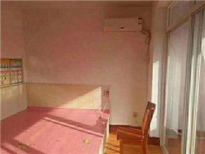 个人楼房出售,梁好泊村二楼45平精装,一室一厅一卫,13.8万,带小房,楼下免费停车位多,北面就是文...