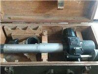 56式85加農炮鏡,又稱新中國建國初期功臣加農炮瞄準器:特制原配箱體扣件,合頁,提手,護角完整,規格...