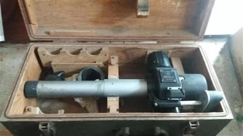 56式85加农炮镜,又称新中国建国初期功臣加农炮瞄准器:特制原配箱体扣件,合页,提手,护角完整,规格...