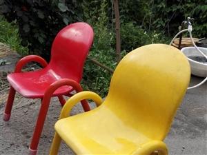 幼儿园办学用闲置凳子