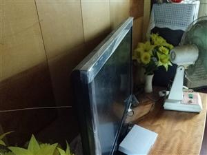 出售超薄液晶电视