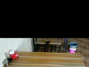 闲业餐桌超贱价出卖