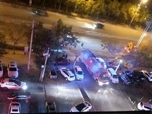 滨州市天成花园小区发生轻微火灾消防车却进都进不去,消防通道完全堵死,