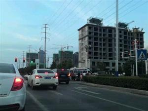 7.15下午7点多发生车祸