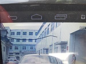 鲁M77S62捷达胖女车主在中医院抢路别车