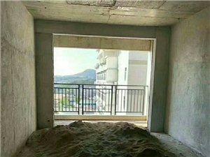 ??新城华景苑电梯黄金17楼,四房二厅122平方米,格式方正设计美观,包杂费68.8万。