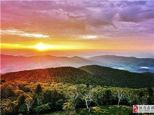2019年7月11日三上小城山,山上独自住一晚早上没拍到雾,但朝霞很美。也不枉去一次。