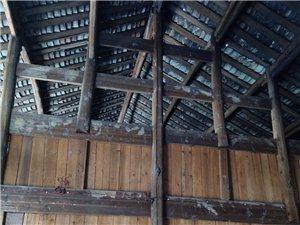 整栋木房的木材出售