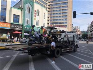盐亭交警持续净化城区道路交通环境