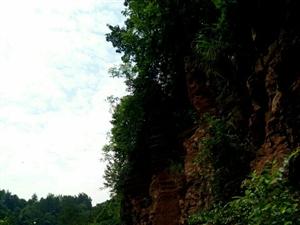 有一个美丽的地方,这儿的石头会唱歌!