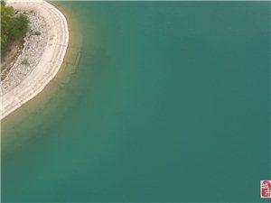 南湖的景色