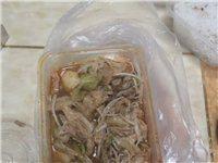 某闷鸡米饭,服务与质量真的有达到那种地步吗。唉,...