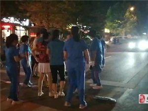 青州海岱公�@:打砸音�,警方已介入!
