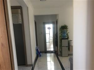 出售印象城三居室,南北通透,中间楼层,简单装修,学区房,环境好,诚意出售,非诚勿扰。