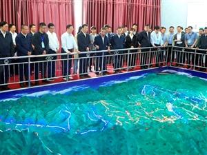 张家川农村饮水安全工作搞的好,全国水利工作先进代表前来观摩