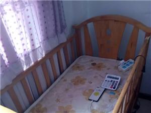 出售婴儿床