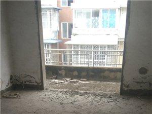 三室两厅两卫清水