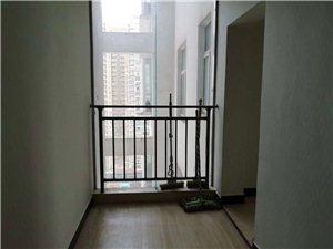 南湖入口金坤大厦简装3室首付15万左右