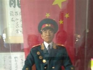 《�⒂^林彪故居有感》文/秦人秦�
