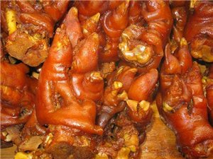 卤猪蹄,常吃美容养颜。