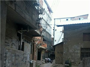 �硪徊ㄕ淹�老街的�D片