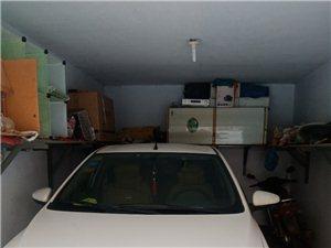 出售安居小区车库,20平电话,13931827942