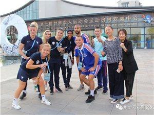 70国运动教练裁判爱上枝江布鞋,步步升布鞋走进军运会