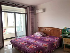 两室两厅的房子出租拎包入住有冰箱电视洗衣机18713676315中介勿扰