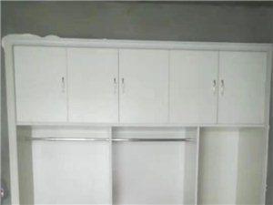 �\接室�韧饧已b工�b,木工活,油漆活,本人有一支技�g�^硬的�伍