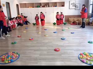 看看我们班宝贝在玩什么呢?