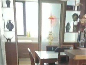 ??出售??融天123平,125�f精�b大�墒铱筛娜�室,�к�位,�送全部家具家�,房找有�人???