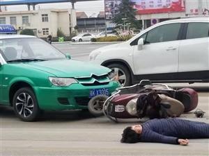 ����!��城火�站十字路口�l生交通意外!�大家注意安全!
