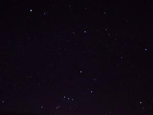 疫情下的潢川晴朗夜空――手�C拍星星步�E