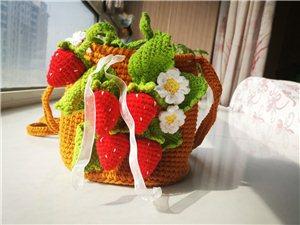 钩针编织草莓包完成