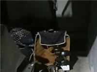 永阳街道庆丰园邨26一1,一单元楼道每天晚上都有电动车充电,堵在楼梯口行人上楼实在不方便,有时充电插