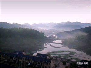 如梦如幻的阳明湖清晨