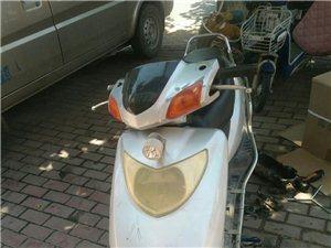 闲置五羊50摩托车,比卖废品划算就卖。