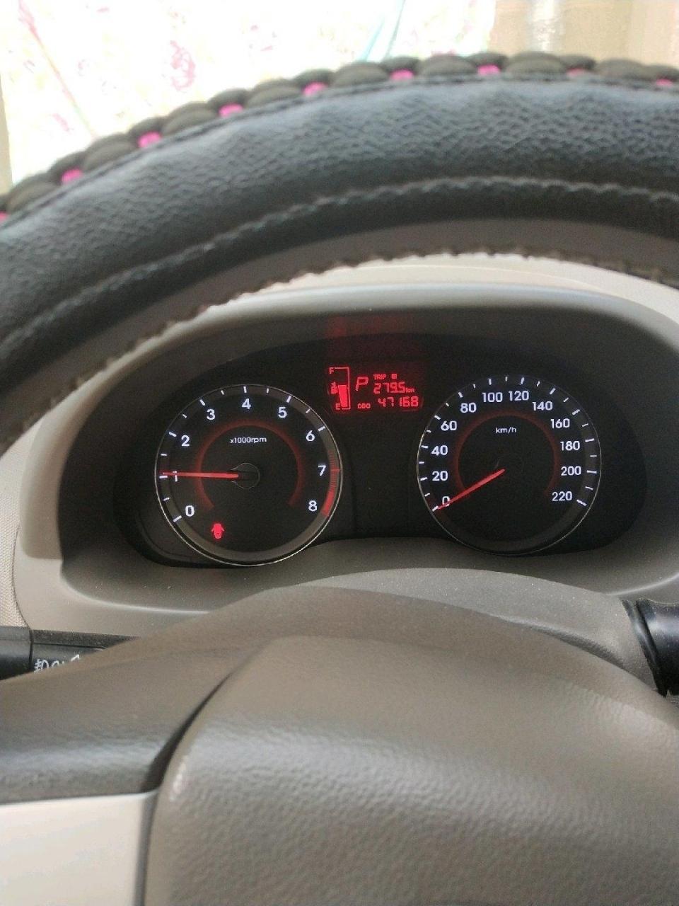 现代瑞纳12年的车,自动挡